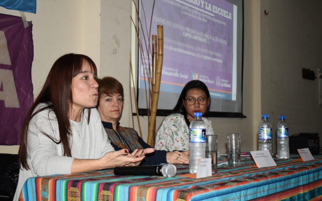 """Seminario """"La ESI: El Barrio y La Escuela"""""""